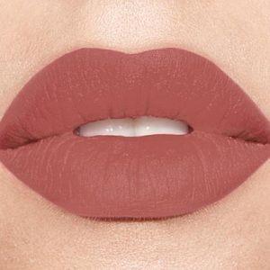 NEW Smashbox Lipstick (BABE ALERT)